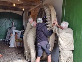 Det gamle hathjul hjem til Egeskov Mølle