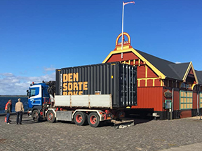 DEN SORTE BOKS er flyttet til Rudkøbing